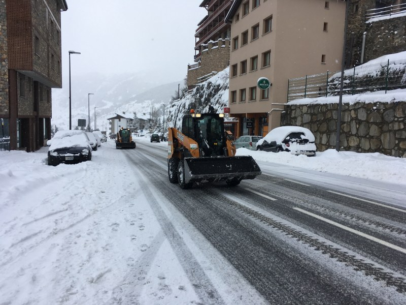 The snow plows were working non stop