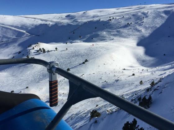 Chairlift view in El Tarter