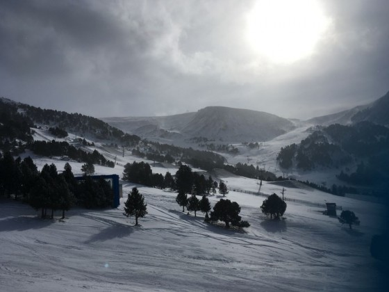 The opening day in Grandvalira was beautiful and white