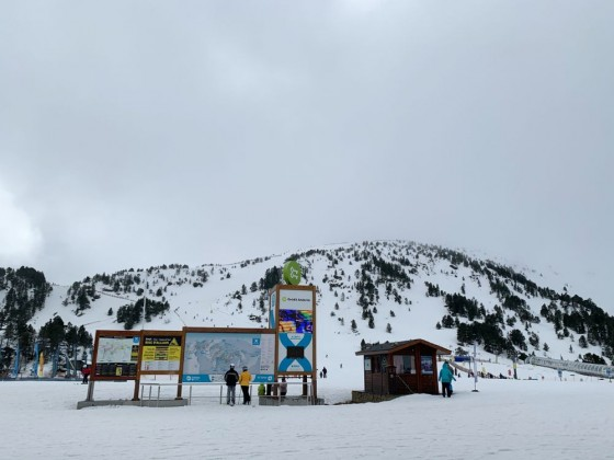 The top of Soldeu gondola station