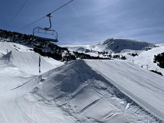 El Tarter snow park from Tosa Espiolets
