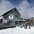Burger and Drink hut, located near to the TSD6 Llosada and TSD6 Tosa Espiolets lifts