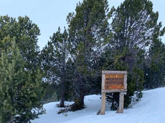 Expert's entrance to El Tarter snow park