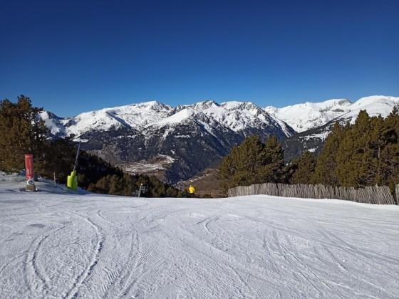 Heading down the red slope Torrallardona