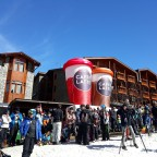 Crowds outside Hotel Nordic watching the Super G Finals