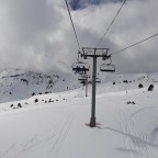 Fresh snow under the Solana chairlift
