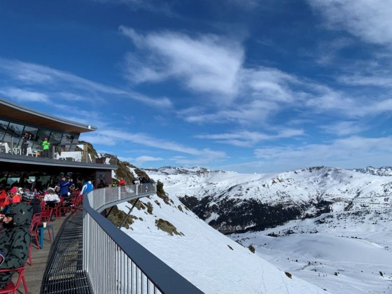 And Burger Zero, at the top of Funicamp gondola