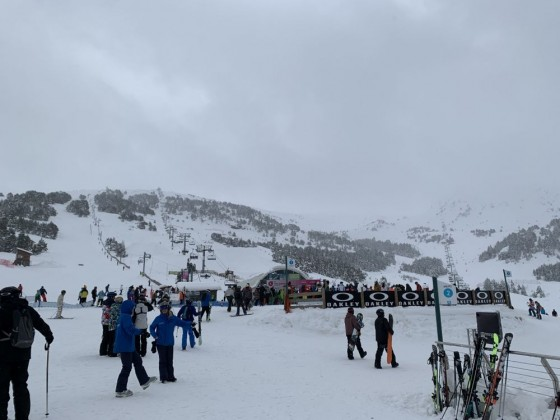 View of Tosa Espiolets chairlift from Terrassa Snowclub