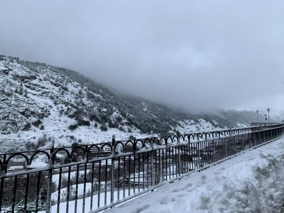 Snow in Soldeu village