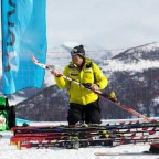 Preparing the skis - 11th March - Photo: Iñaki Rubio