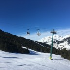 Soldeu gondola over the black Avet slope