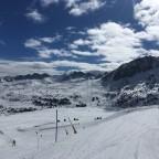 Enllac blue run looking across to Llac de Cubil lifts
