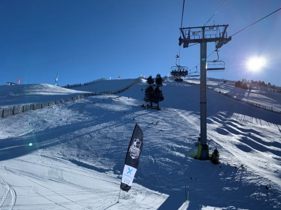 El Tarter snow park freestyle area from Tosa Espiolets chairlift